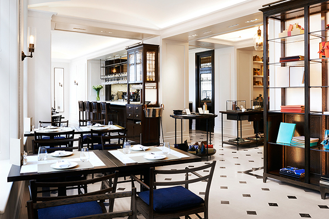 burberry_cafe_london_01.jpg