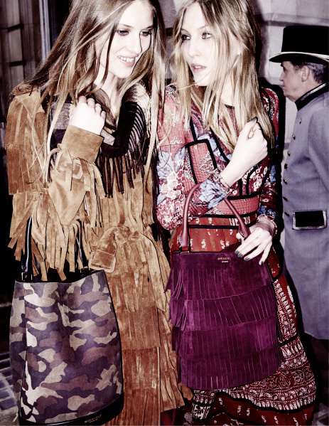 florence_kosky_and_ella_richards_in_the_burberry_autumn_winter_2015_campaign_-_on_embargo_until_tuesday_23_june_00_01am_bst.jpg