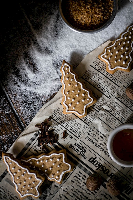 decorated-honey-gingerbread-cookies_6.jpg